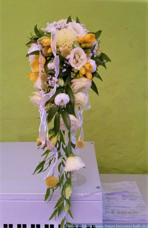Wasserfall Floristmeisterin Diana Troger